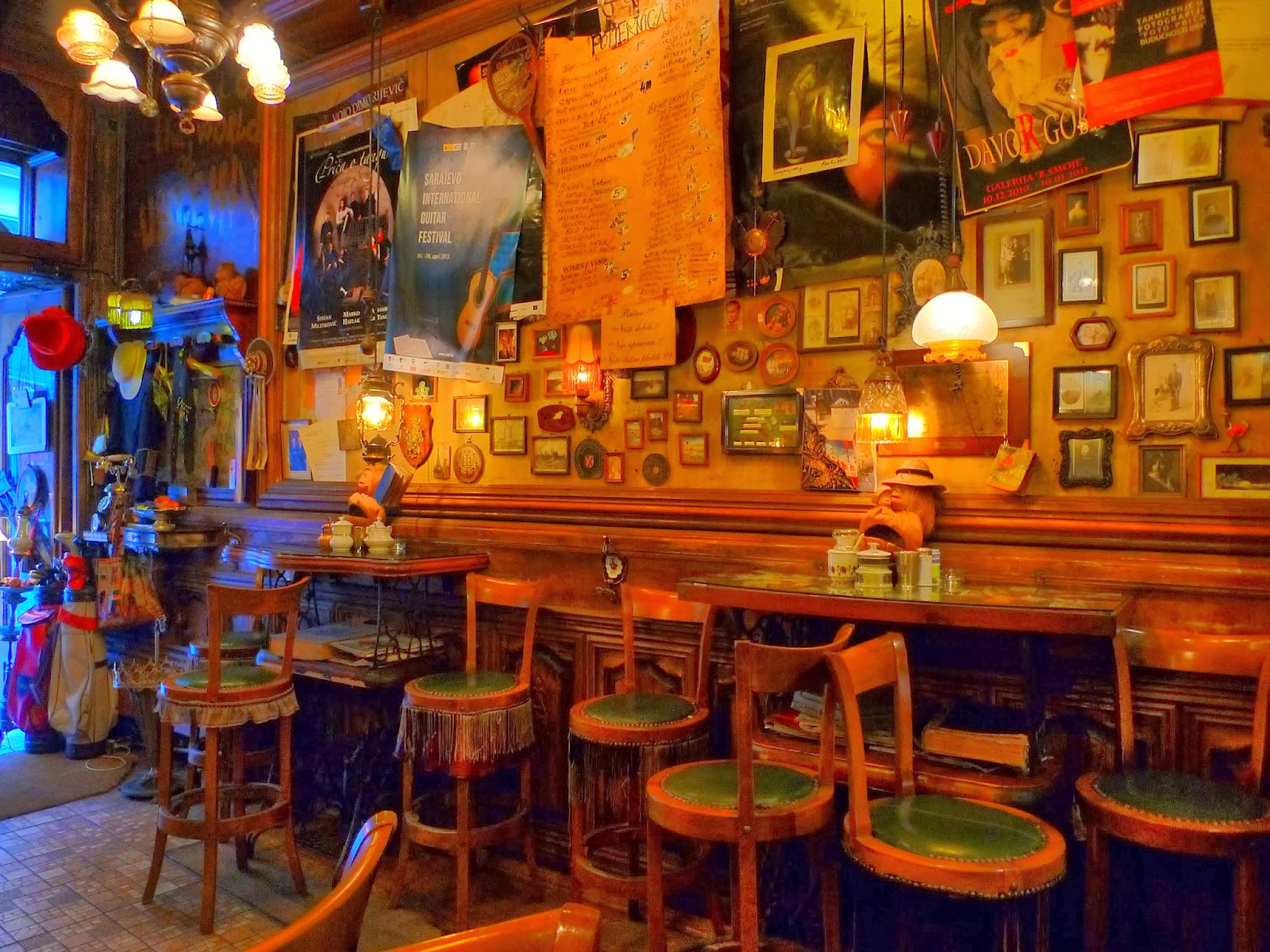 Sarajevo - kafe bar Zlatna Ribica 9