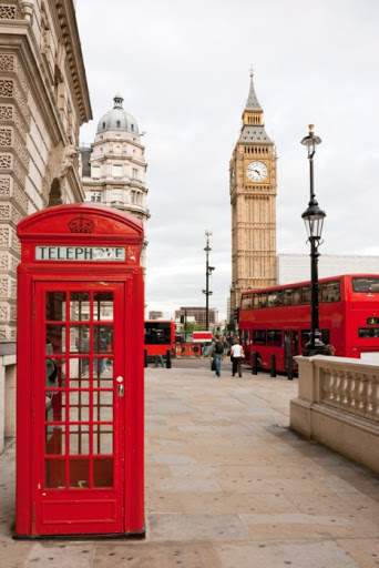 red-telephone-box-double-decker-bus-and-big-ben-london-uk
