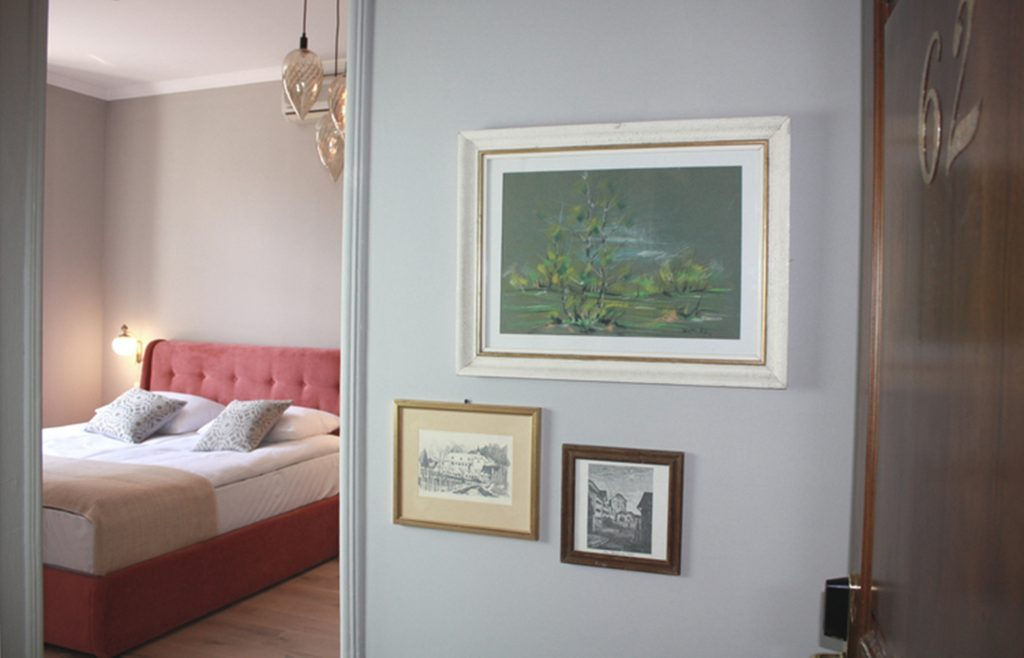 Rooms at Pension Weber feature a flat-screen TV, fridge/minibar, coffee machine, kettle and.