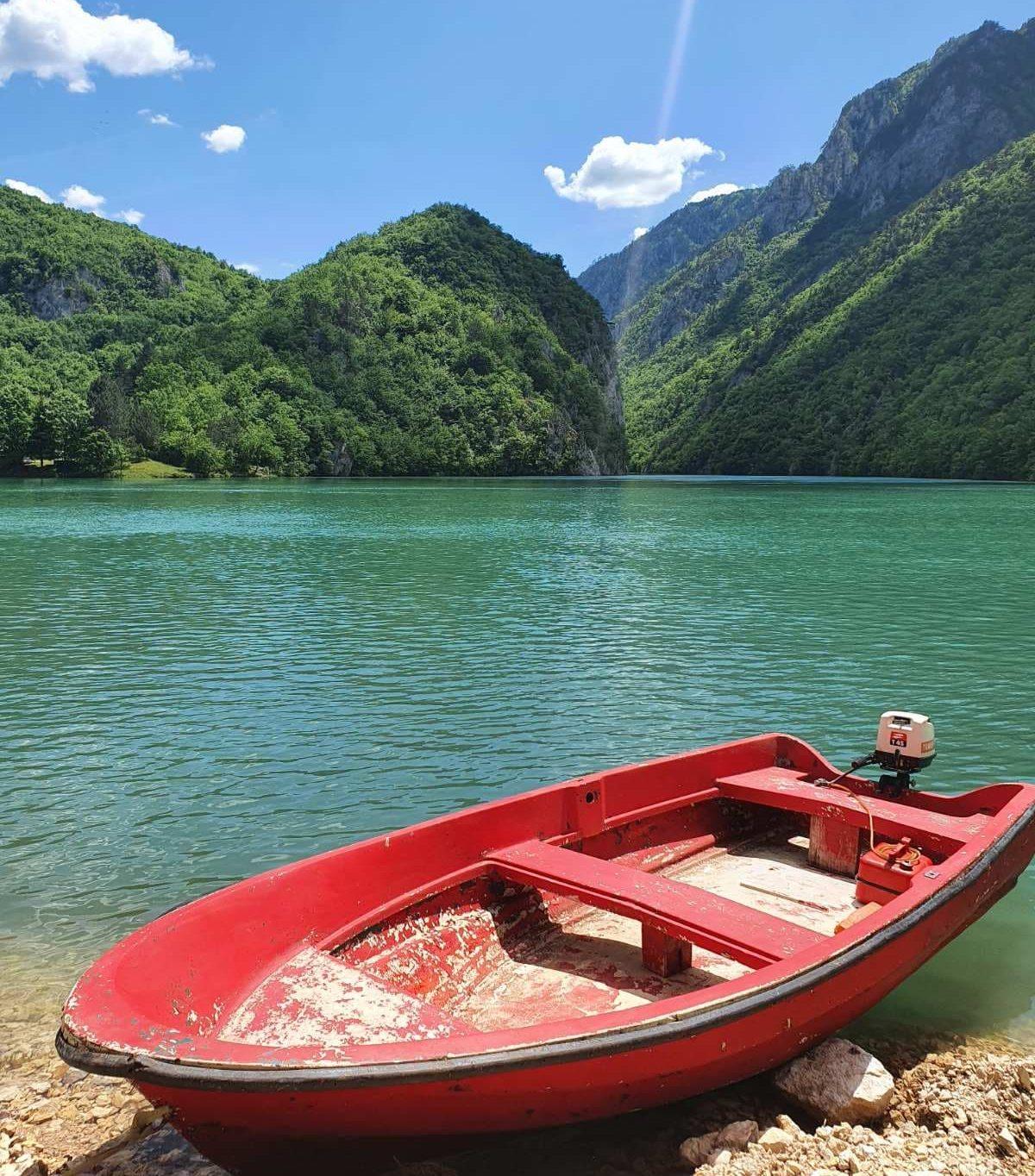 Jezero Peručac